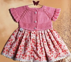 Комбинированное платье для девочки.