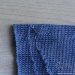 Как поставить петли под пуговицы на вязаных изделиях.
