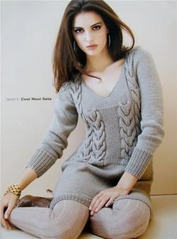 Вязанное платье-туника. Схема вязания..