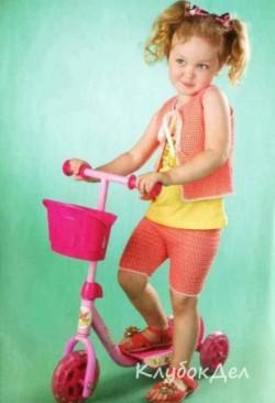 Детский вязаный жилет и шорты крючком. Вязание для детей крючком